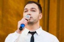 В Черновцах состоялся благотворительный концерт Олеся Деркача
