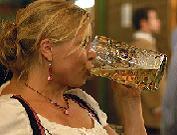 Пиво на вулиці: скільки коштує таке задоволення