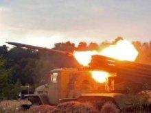 Бойовики ЛНР стягують сили до м.Попасна: женуть бронетехніку, ''Гради'' і САУ