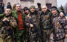 Трактористи Путіна осідають в Луганську і готуються керувати ''ЛНР''