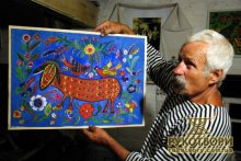 Бориспільський історичний музей присвоїв картини народної художниці?