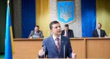 Три главные инициативы будущего президента: Зеленский начнет с референдума, а закончит изгнанием олигархов из политики