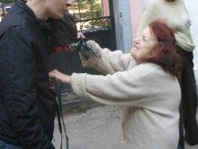 Сторонники телеканала ''АТВ'' в Одессе провоцировали драки, кидались камнями и обещали резать