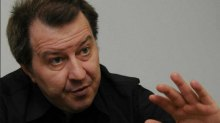 Украинскому обществу навязывают капитуляцию, проталкивая идею мира, но не объясняя его цену – Дацюк