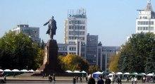 Володимир Даниленко вимагає внести зміни до промо-ролику Євро 2012 для відтворення справжнього виду головної площі міста Харкова.
