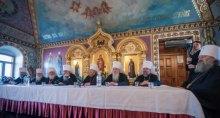 Политолог рассказала, кто звонит священникам-сторонникам автокефалии, угрожая анафемой в случае ухода от Москвы
