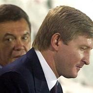 Футбол. Ахметов засмучений, Янукович любується будівництвом стадіону