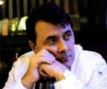 Владимир Шульга, основатель ''Фокстрота'': ОДНАЖДЫ НА УЛИЦЕ ДОВЖЕНКО, или КАК НАЧИНАЛСЯ ''ФОКСТРОТ''