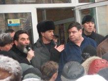 Валерий Кауров: ''Кваснюк принял пол литра и вышел к народу''