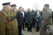 ЛНР керує Міноборони України?