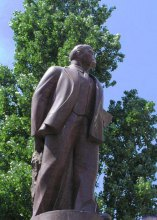Прем'єр-міністр Юлія Тимошенко дала обіцянку виключити пам'ятник Леніну у Києві з Держреєстру